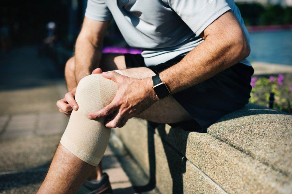 Comment savoir si l'on a de l'arthrose au genou ?